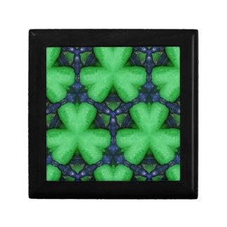 Grüne irische Kleeblätter Schmuckschachtel
