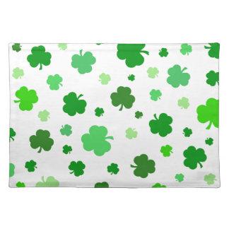 Grüne irische Kleeblätter Tischset