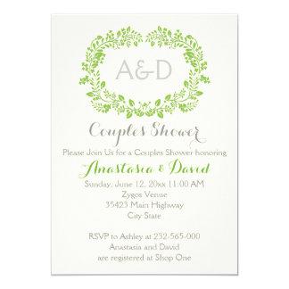 Grüne Laubinitialen, die Paardusche wedding sind 12,7 X 17,8 Cm Einladungskarte
