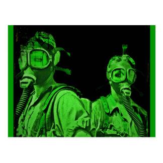 Grüne Neongasmasken Postkarte