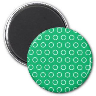 grüne punkte kreise grün polka dots tupfen runder magnet 5,7 cm
