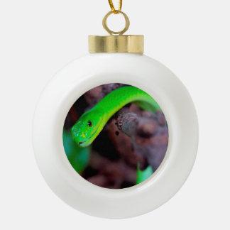 Grüne Pythonschlange-Schlange Keramik Kugel-Ornament
