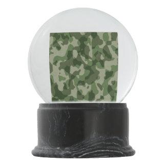 Grüne Tundra-Camouflage Schneekugel
