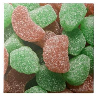 Grüne und Rot gezuckerte Süßigkeiten Große Quadratische Fliese