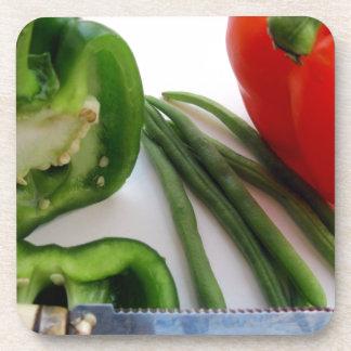 Grüne und rote Paprikaschoten mit Bohnen Untersetzer