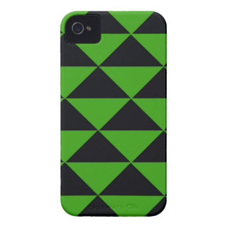 Grüne und schwarze Neondreiecke iPhone 4 Case-Mate Hülle