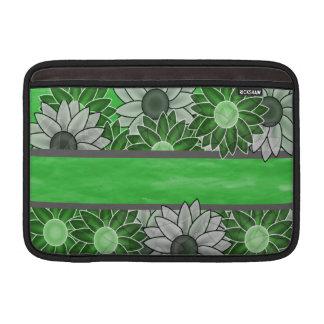 Grüne und weiße Blumen MacBook Air Sleeve