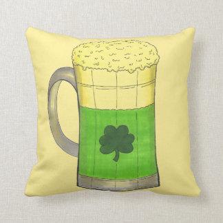 Grünen Bier-Tassen-Kleeblatt-Klee-St Patrick Tag Kissen