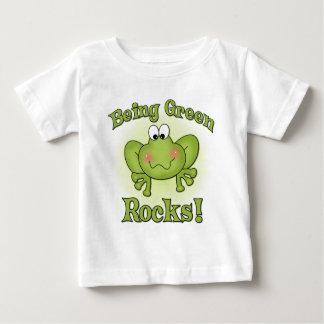 Grüner Felsen-T - Shirt sein