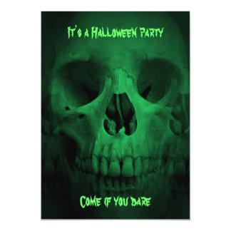 Grüner Halloween-Partyschädel 12,7 X 17,8 Cm Einladungskarte