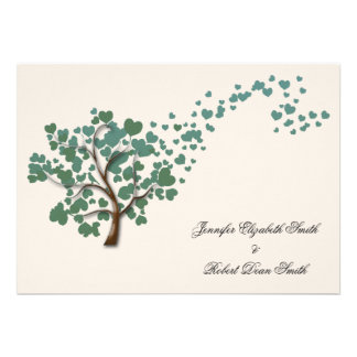 Grüner Herz-Baum auf Elfenbein-Hochzeit