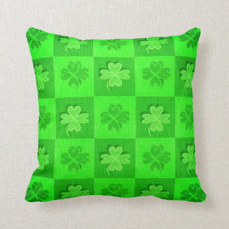 Grüner Kleeblatt-Gewebe-Entwurf Kissen