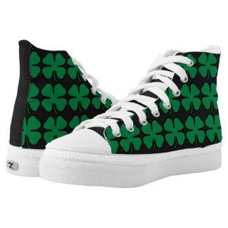 Grüner schwarzer Kleeblatt-Klee-Iren-Turnschuh