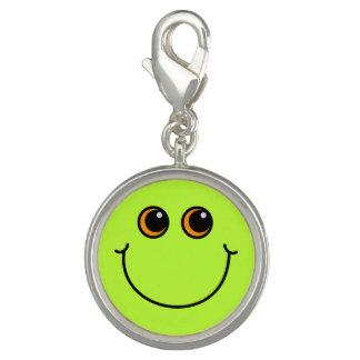 Grüner Smiley Charm