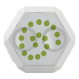 Grüner Strudel punktiert Lautsprecher