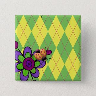 Grüner u. gelber Rauten-Marienkäfer u. Blume Quadratischer Button 5,1 Cm