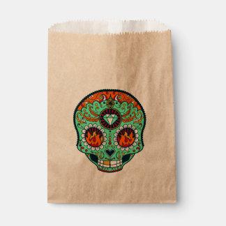 Grüner Zuckerschädel mit orange Flammen Geschenktütchen