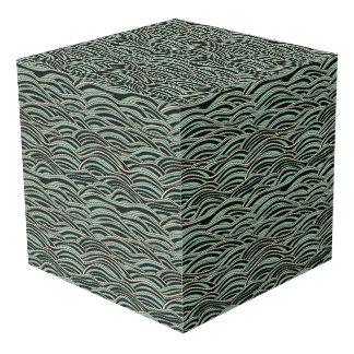 Grünes abstraktes Wellenmuster. Seebeschaffenheit Würfel
