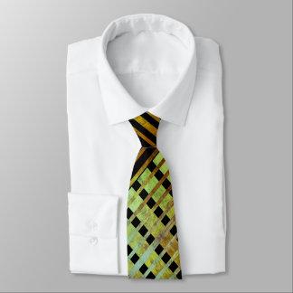 Grünes asymetrisches gestreiftes geometrisches krawatte