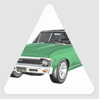 Grünes Auto des Muskel-1968 Dreieckiger Aufkleber