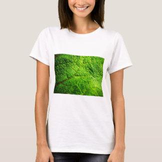 Grünes Blatt-Makro T-Shirt