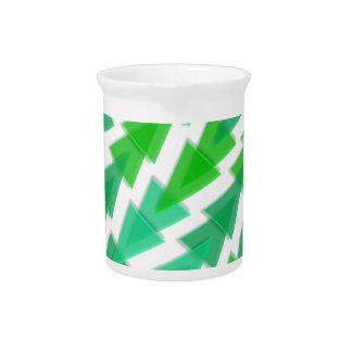Grünes geometrisches - Pfeil-Dreieck-Muster Getränke Pitcher