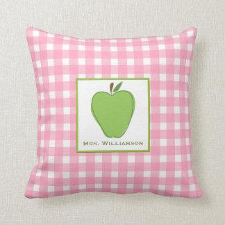 Grünes Gingham-Lehrer-Kissen Apples rosa