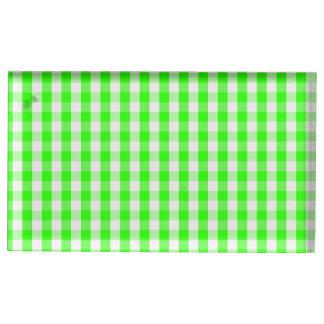Grünes Gingham-Neonmuster durch Shirley Taylor Tischkartenhalter