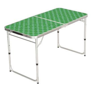 Grünes Klee-Band Beer Pong Tisch