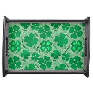 Grünes Klee-Feld, vier Blatt-Klee, Glück, irisch Serviertablett