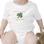 grünes Kleeblatt, küssen mich, ich sind irisch, da T Shirts