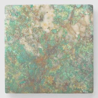 Grünes Mineralsteinbild Steinuntersetzer