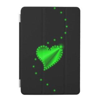Grünes Regenbogen-Herz mit Sternen auf Schwarzem iPad Mini Cover