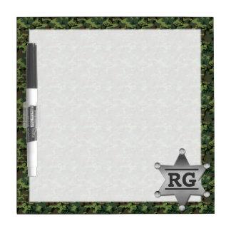 Grünes Tarnungs-Muster-Sheriff-Abzeichen-Monogramm Trockenlöschtafel