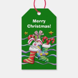 Grünes Weihnachtsniedliches Strumpf-Häschen Geschenkanhänger