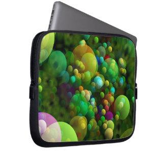 Grünliche Blasen Laptop Sleeve