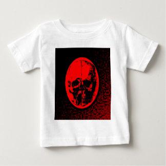 Gruseliger hochroter Schädel Baby T-shirt