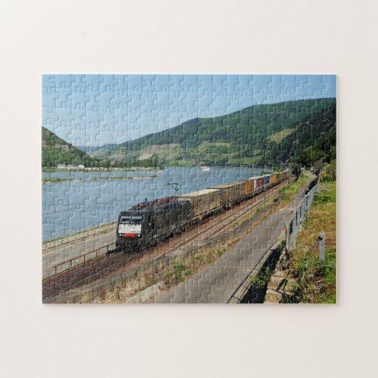 Güterzug in Assmanshausen am Rhein Puzzle