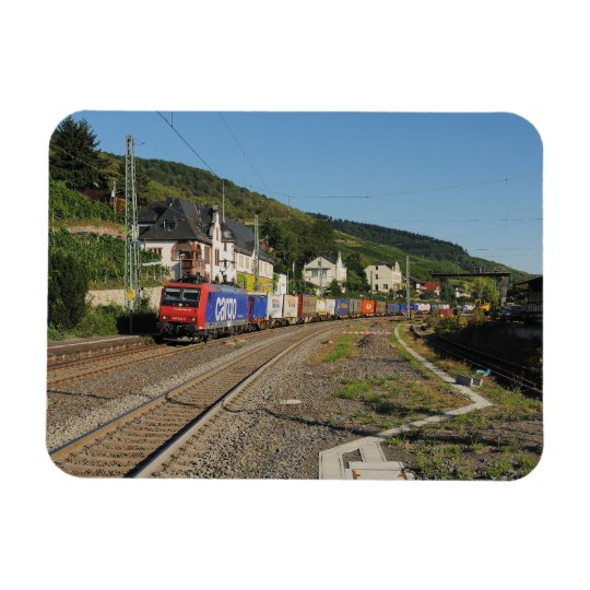 Güterzug in Lorch am Rhein Magnet