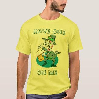 Haben Sie ein auf mir, Entwürfe durch Che Dekan T-Shirt