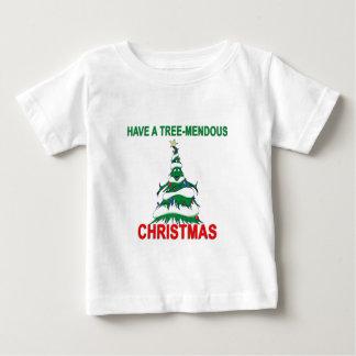 Haben Sie ein Baum-Mendous Weihnachten Baby T-shirt
