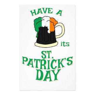 Haben Sie ein BIER sein Tag St. Patricks Briefpapier