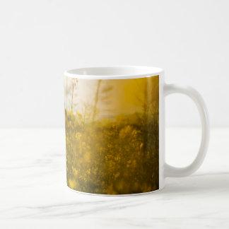 Haben Sie eine Feld-TagesTasse Kaffeetasse
