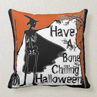 Haben Sie einen Knochen, Halloween zu kühlen! Kissen
