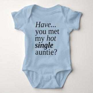 haben Sie meine heiße Singletante getroffen? Baby Strampler