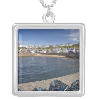 Hafen, Findochty, Moray, Schottland, vereinigt Versilberte Kette