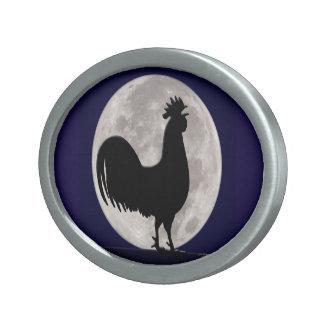 Hahn im Mondschein Ovale Gürtelschnalle