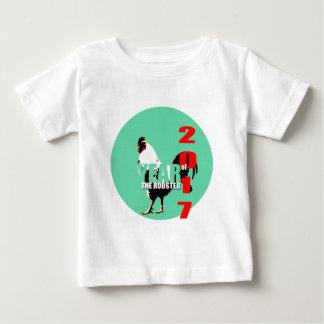 Hahn-Jahr 2017 in grünem Kreist-stück 1 Baby T-shirt