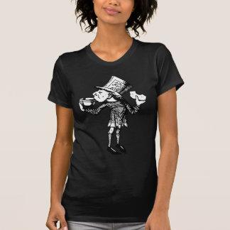Haigha (wütender Hutmacher) schwärzte Schwarzes T-Shirt