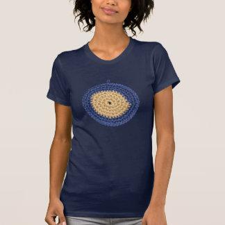 Häkelarbeitfrauen-T - Shirt